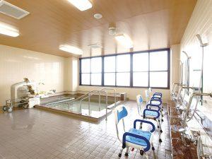充実した設備のリフト浴(2階)